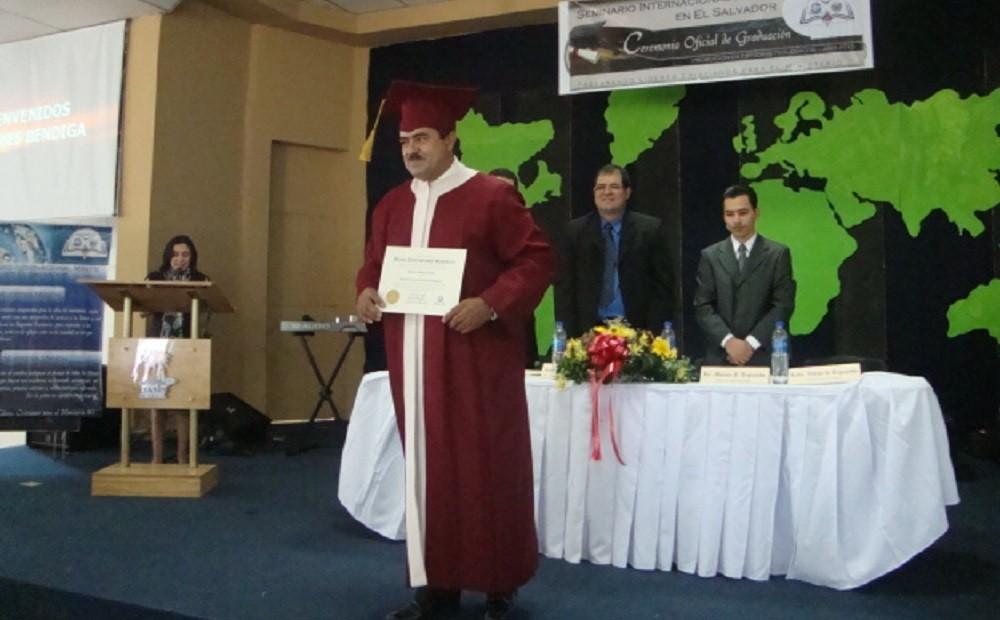 Graduación | Licenciatura en Estudios Teológicos