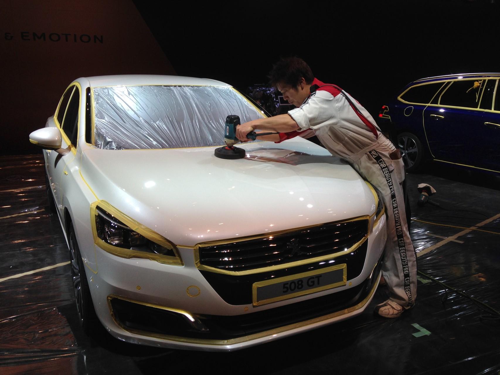 その技術と精神はモーターショーでの施工にも反映されています。
