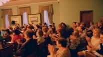 На концерте музыкального салона имени В.Г. Дуловой в Каминном зале библиотеки искусств имени Боголоюбова
