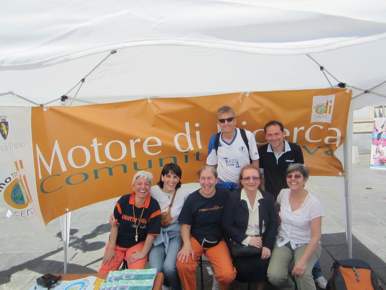 MOTORE DI RICERCA ... nella  la città di Torino....   ha ha ha   Loredana Zagami con yoga della risata Torino il metodo del Dott.  Madan Kataria