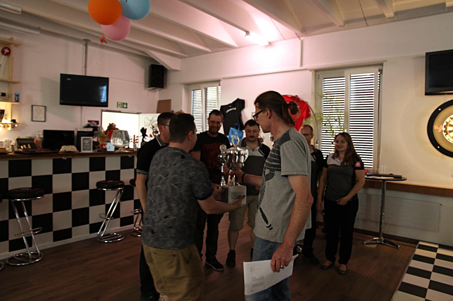 Pokalübergabe für die DLRA Meisterschaft 2017/18