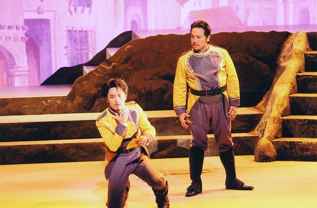 渋谷シティオペラ第十四回公演 歌劇『カルメン』 第一幕より ドン・ホセ:城宏憲/ スニガ:李宗潤  @さくらホール