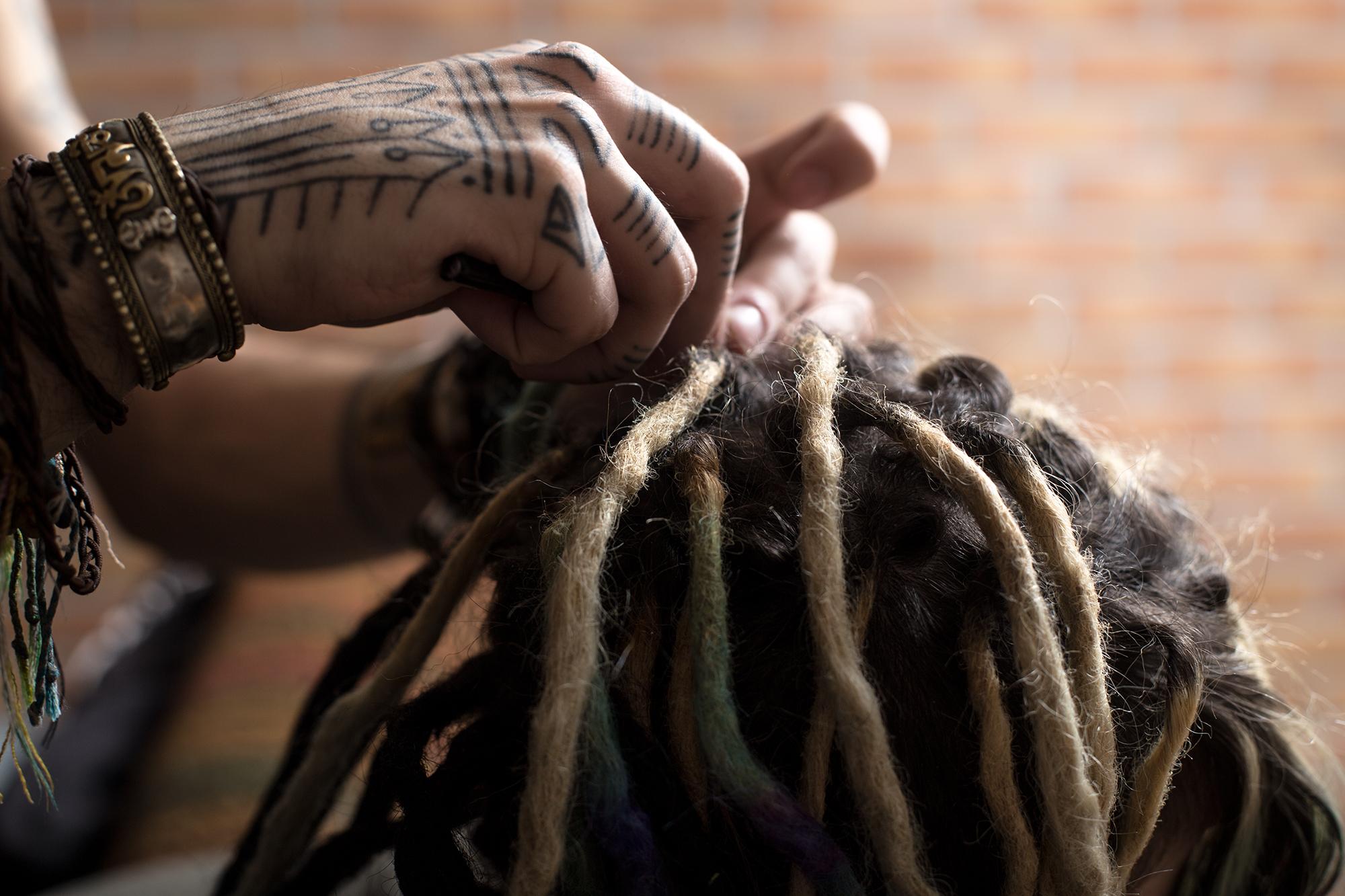 Dreadpflege Bei Mir Selbst Tipps Gatto Tribe Dreaderstellung