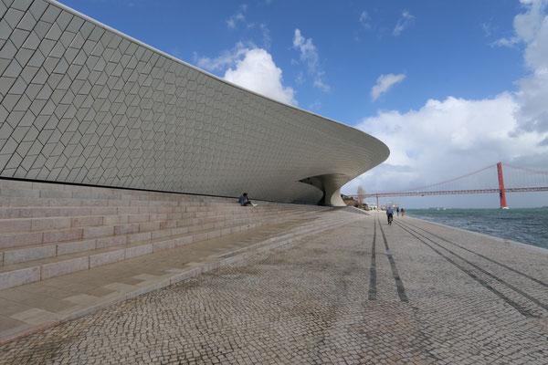 Platz 5 |Matthias Maier ArchitekTour, Lissabon-Porto