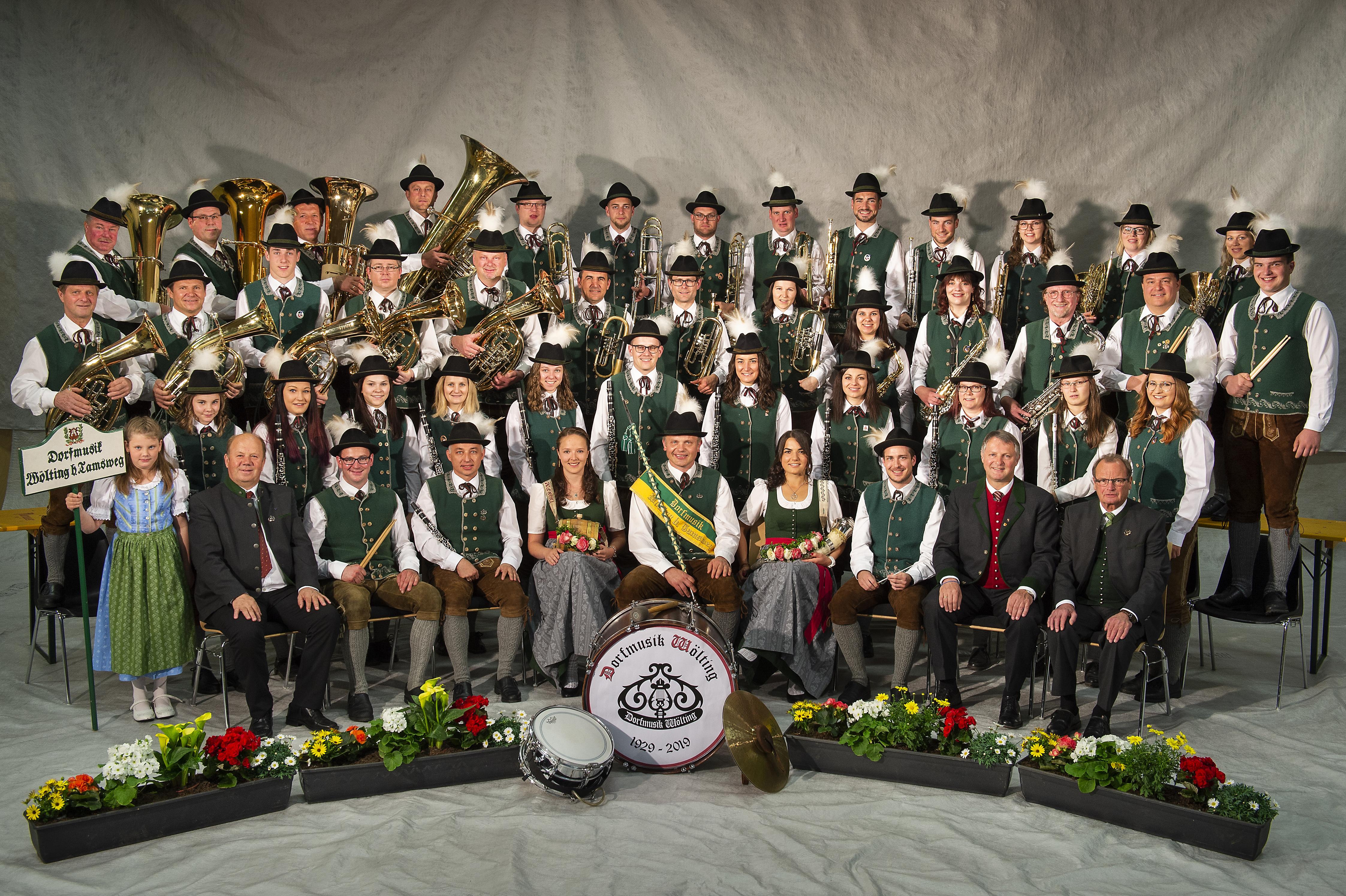 Dorfmusik Wölting Gruppenfoto 2015