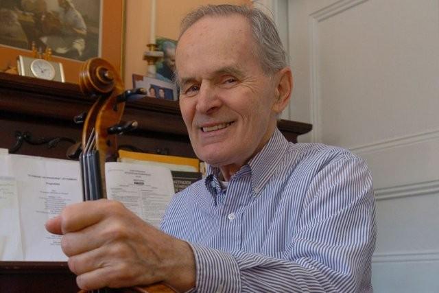 Le violoniste Claude Létourneau a quitté ce monde le 7 octobre 2012.