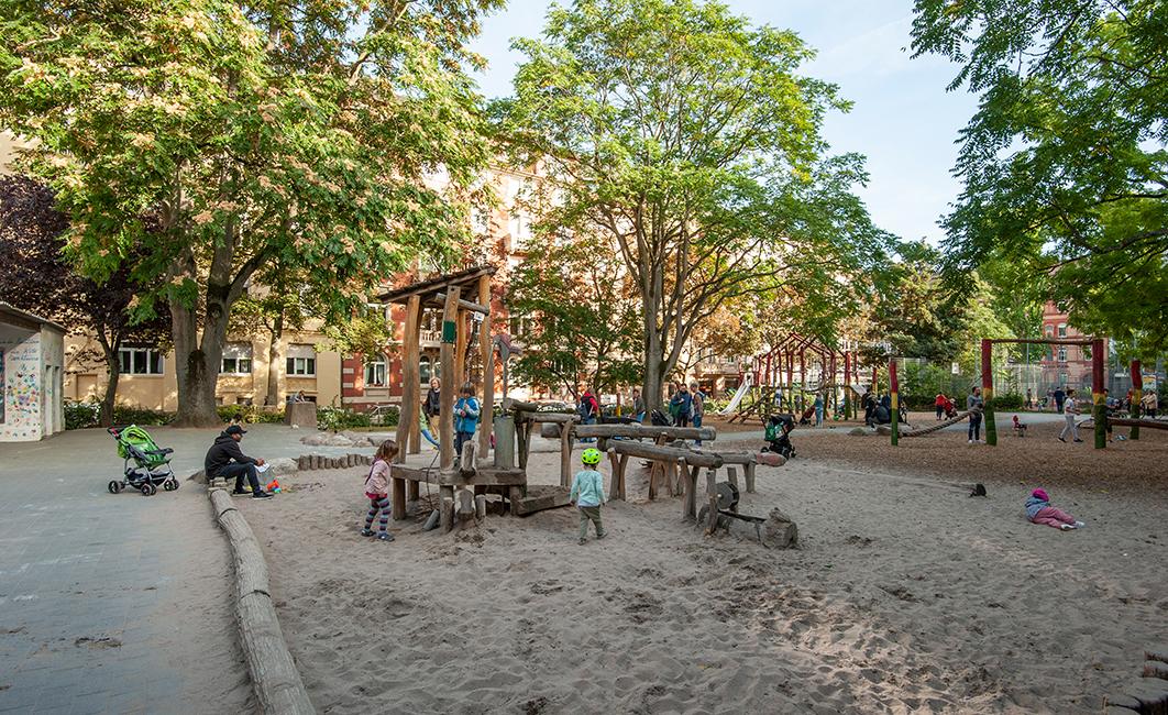 Wiesbaden Westend Blücherplatz / Foto: Ullrich Knapp