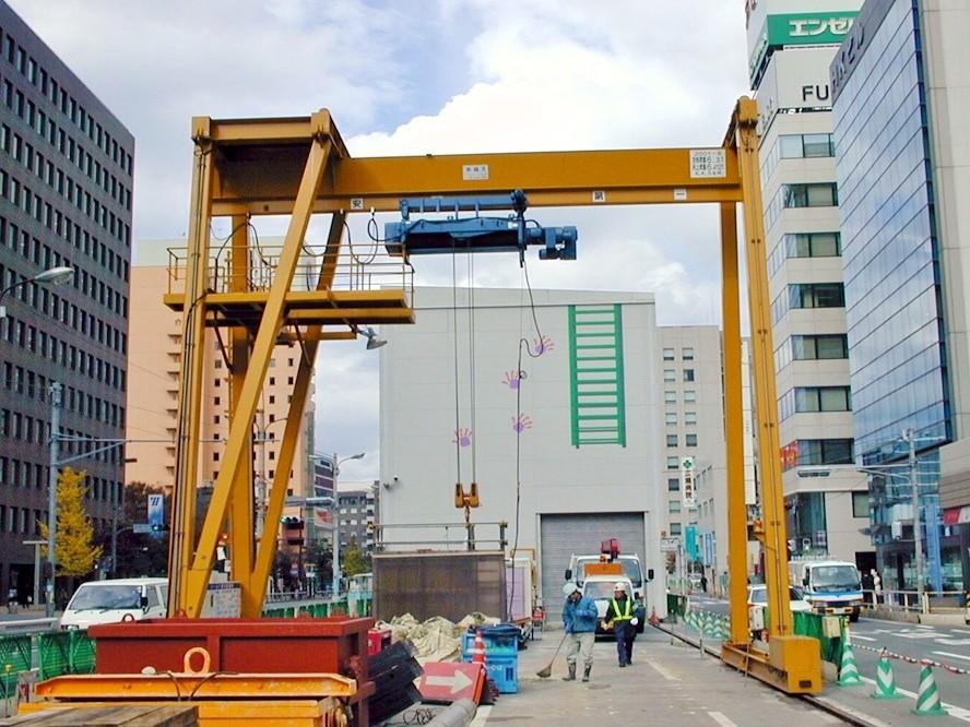 大成建設様(福岡市中央区渡辺通り地下鉄工事)橋型クレーン 10t×S9000 揚程24m