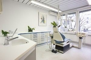 Zahnarzt: Zimmer Nr. 1