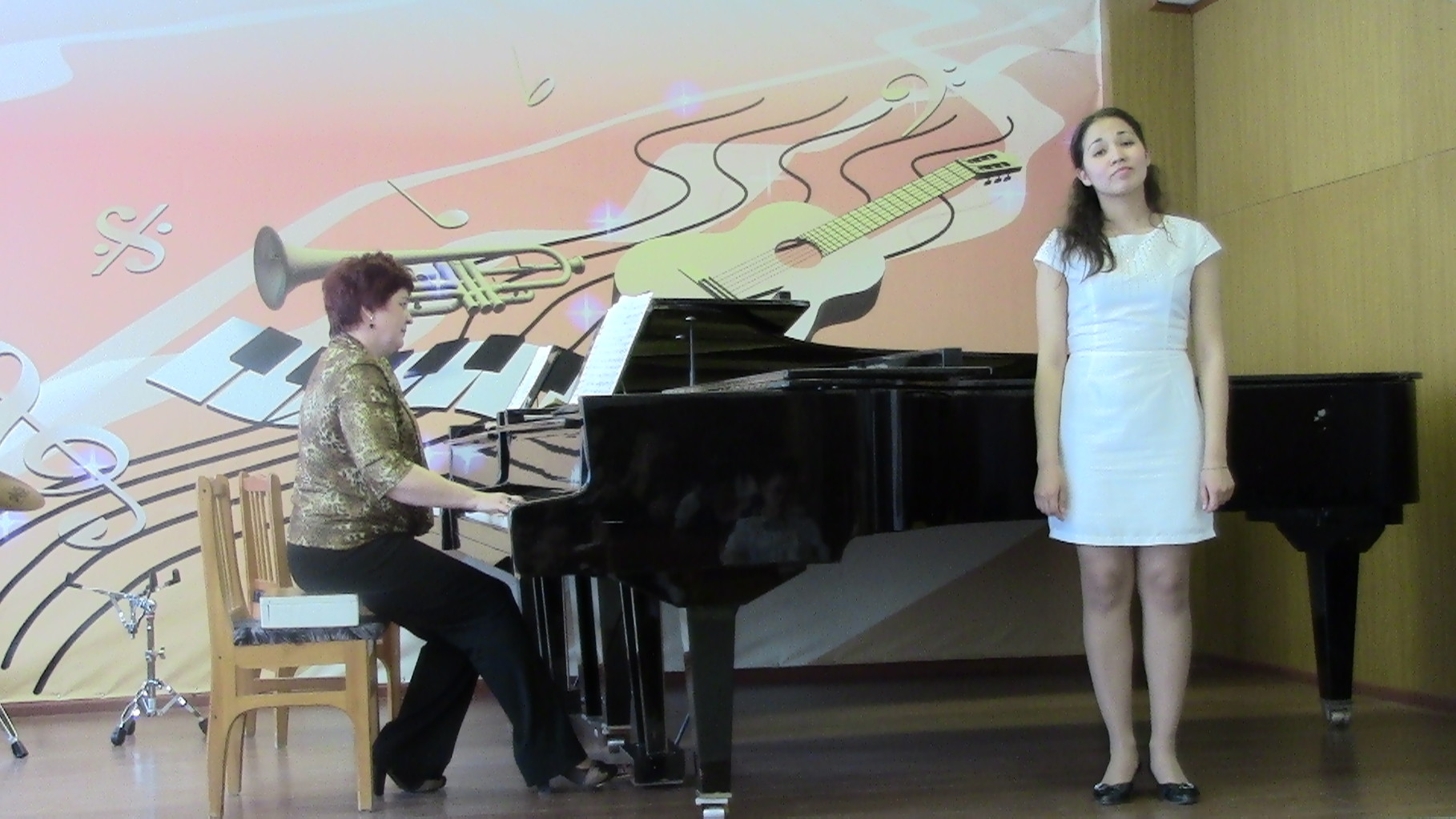 Гайсина А.А., концертмейстер Громова Э.И.