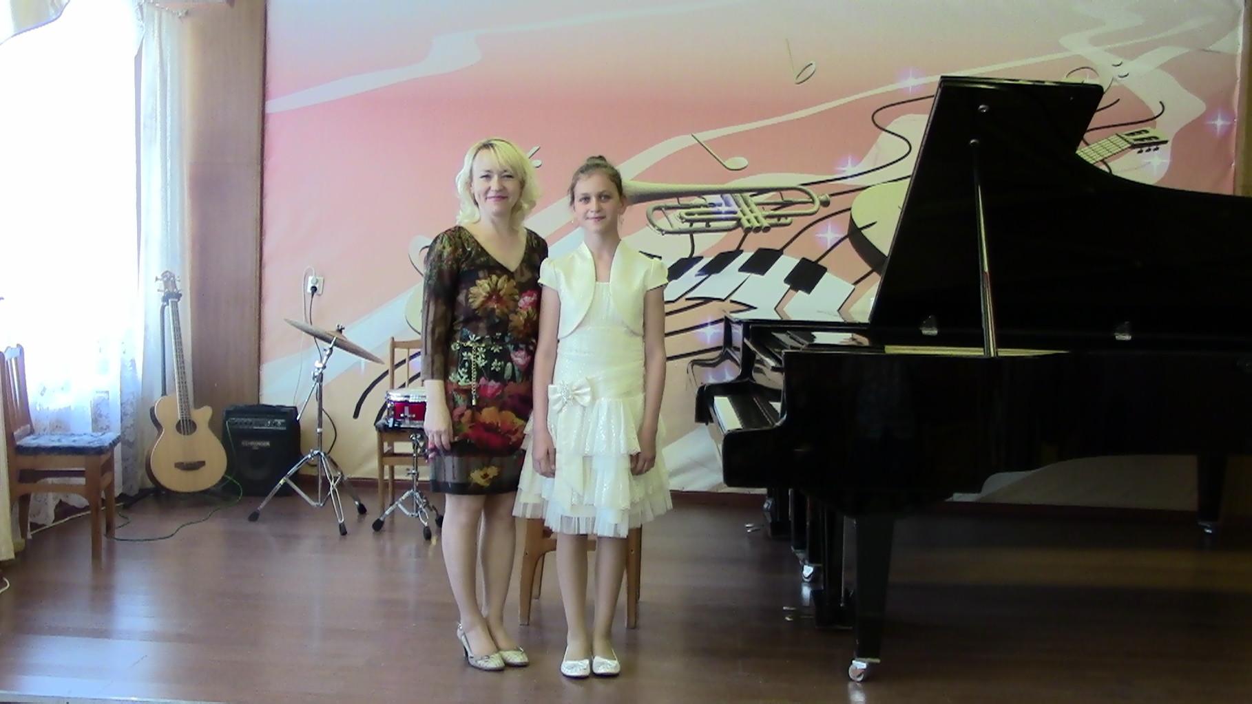 Преподаватель Чакрян ирина Валерьевна и Екатерина Малёва