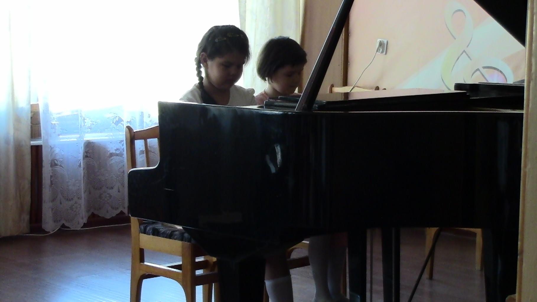 Тутубалины Диана и Лера
