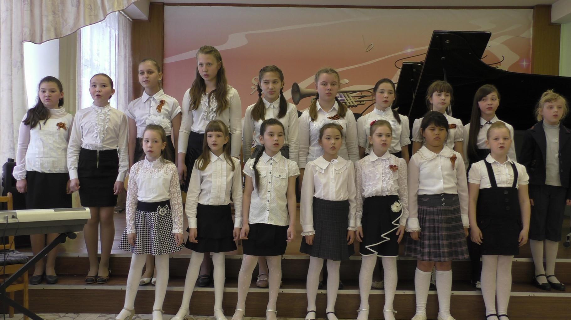 Сводный хор, руководитель Абросимова М.Ю.