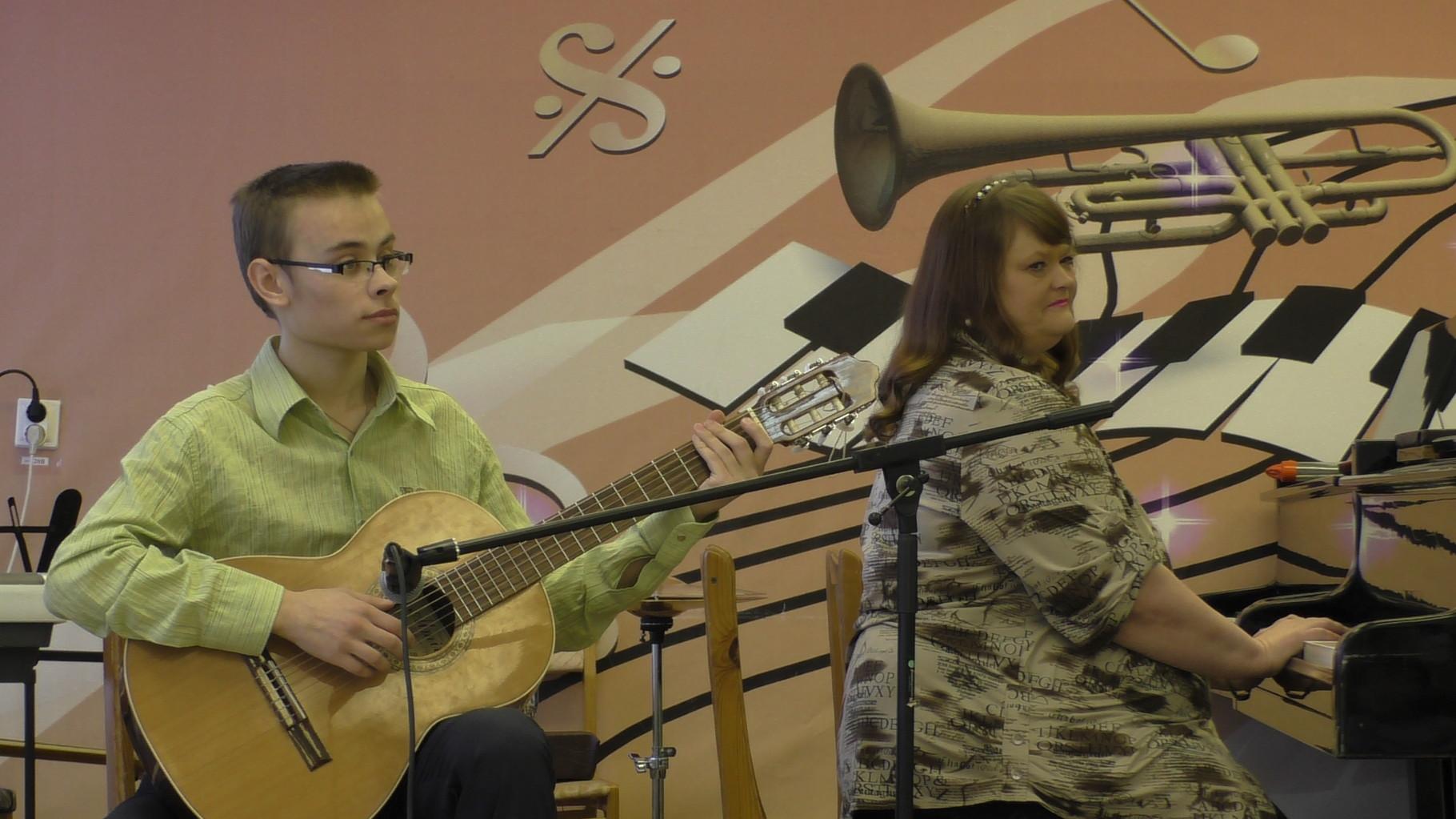 Денис Исаев с мамой Еленой Юрьевной
