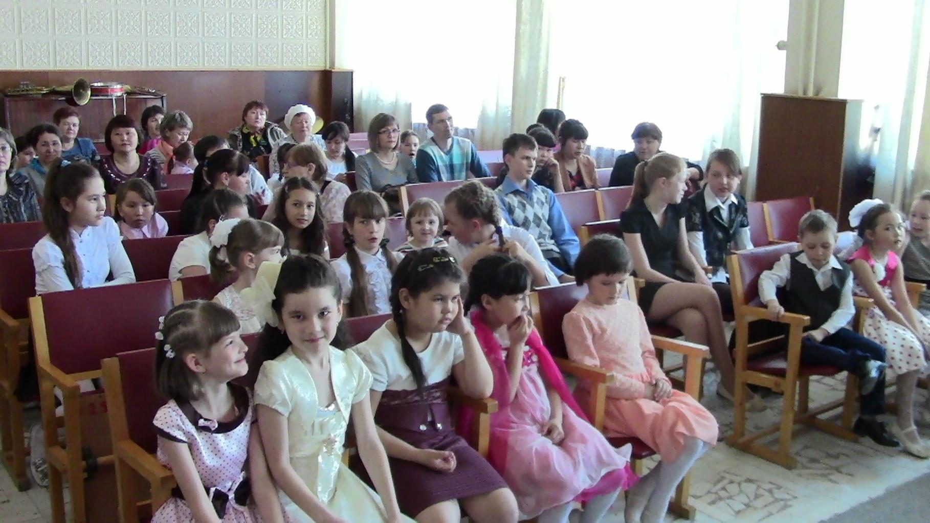 Отчётный концерт фортепианного отделения 18.04.14
