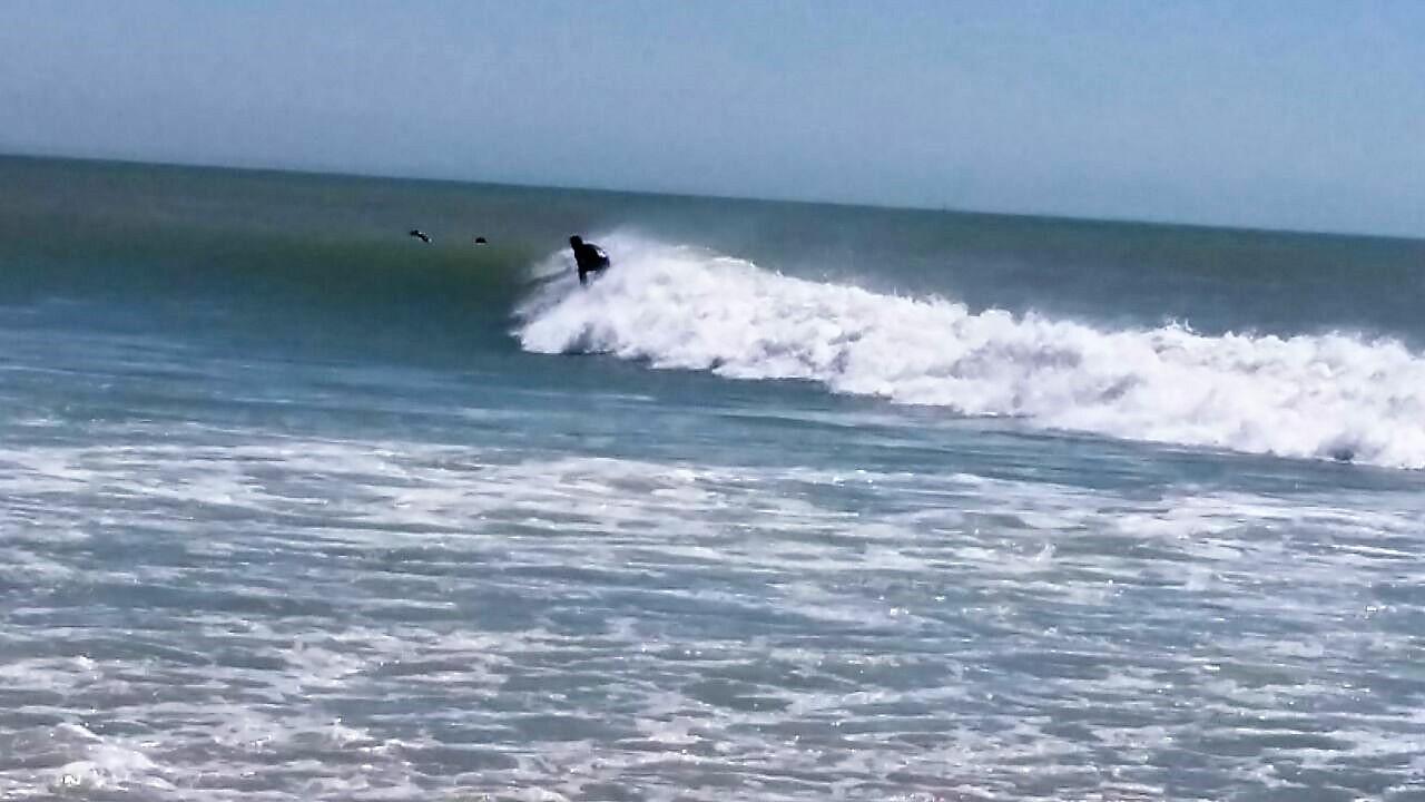 Die Meerseite ein Wellensurfparadies.