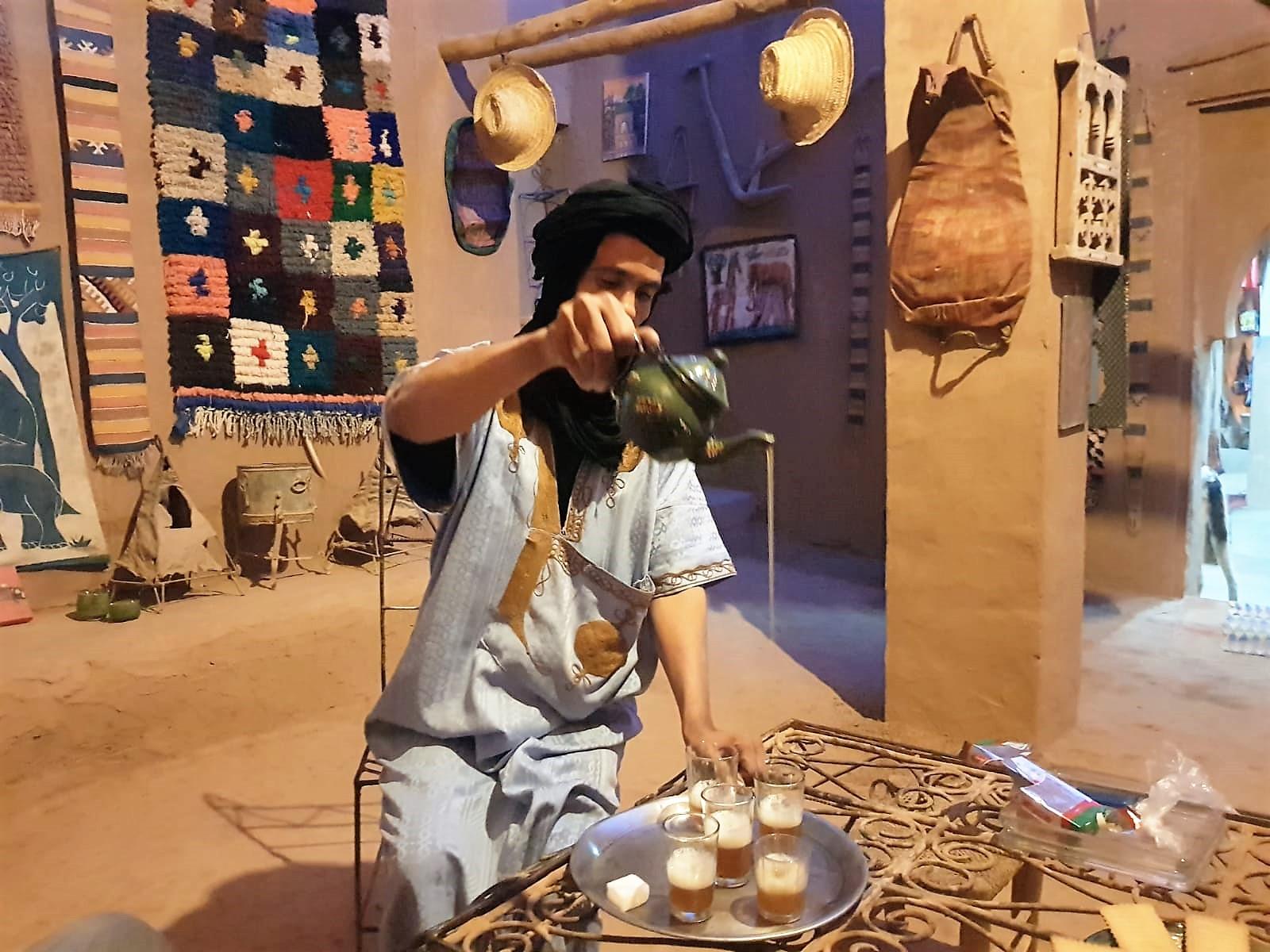 Teezeremonie bei Achmed