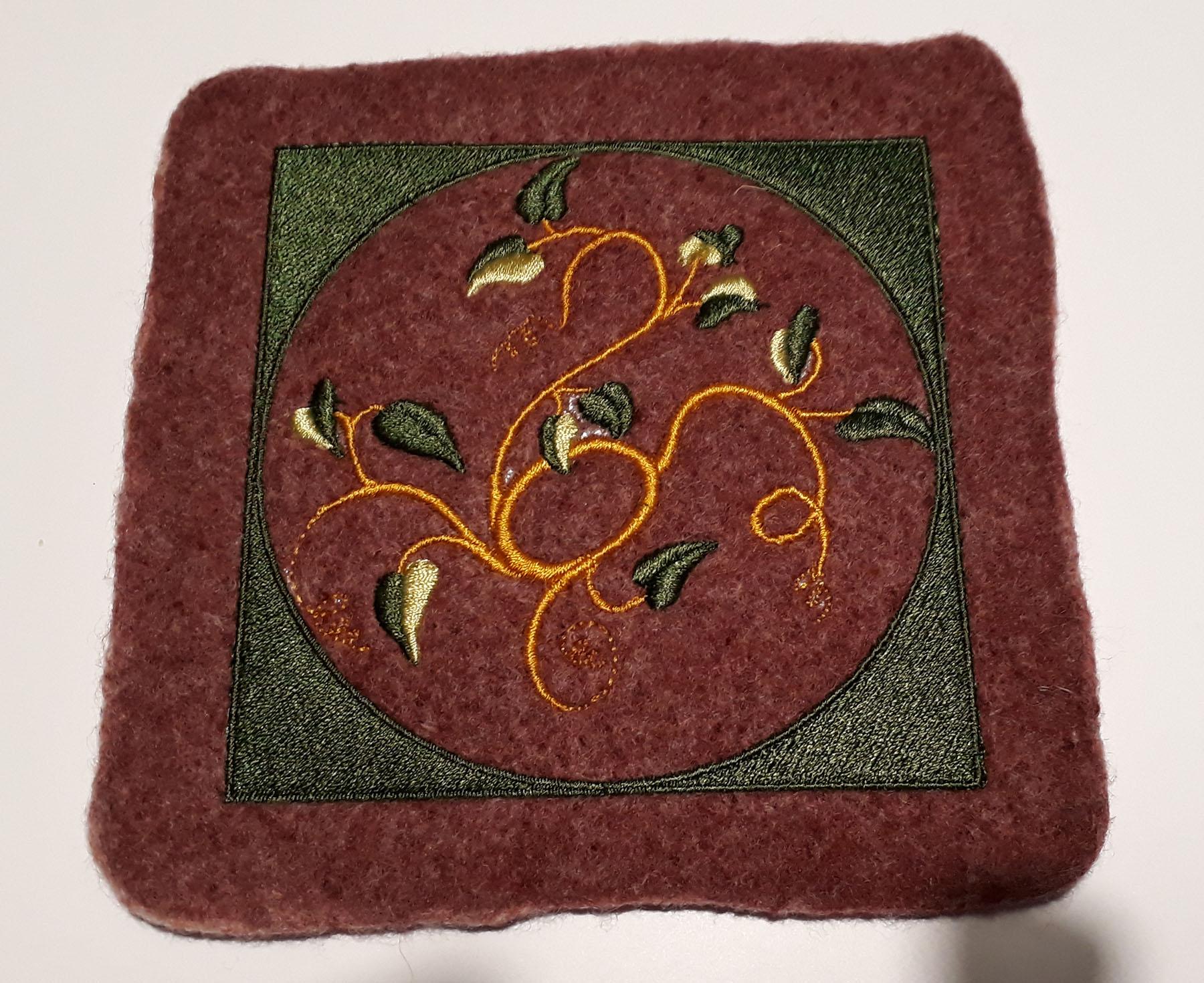Broderie sur laine feutrée très épaisse