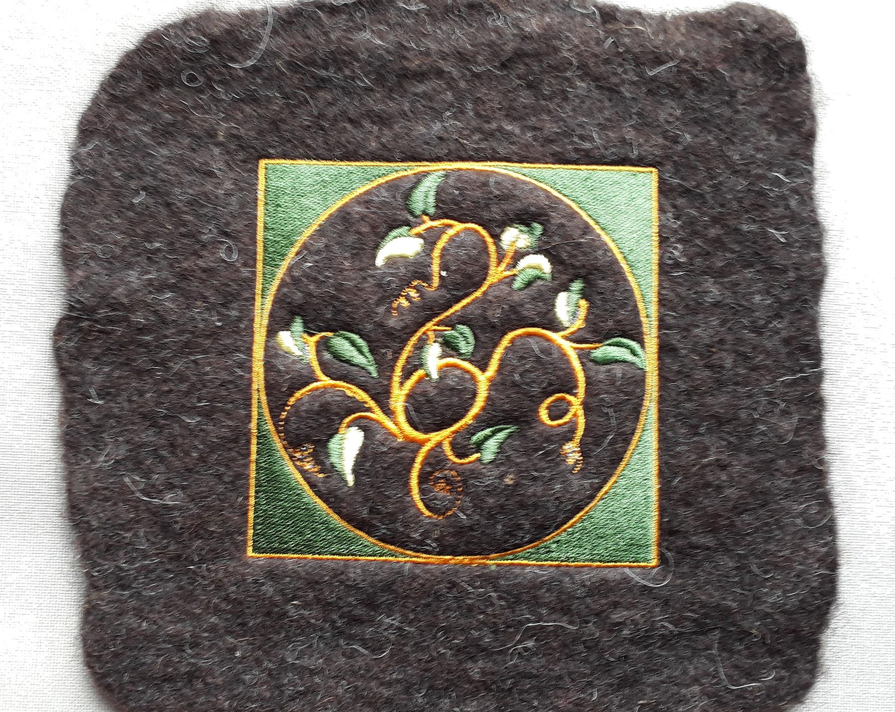 Broderie sur laine feutrée épaisse