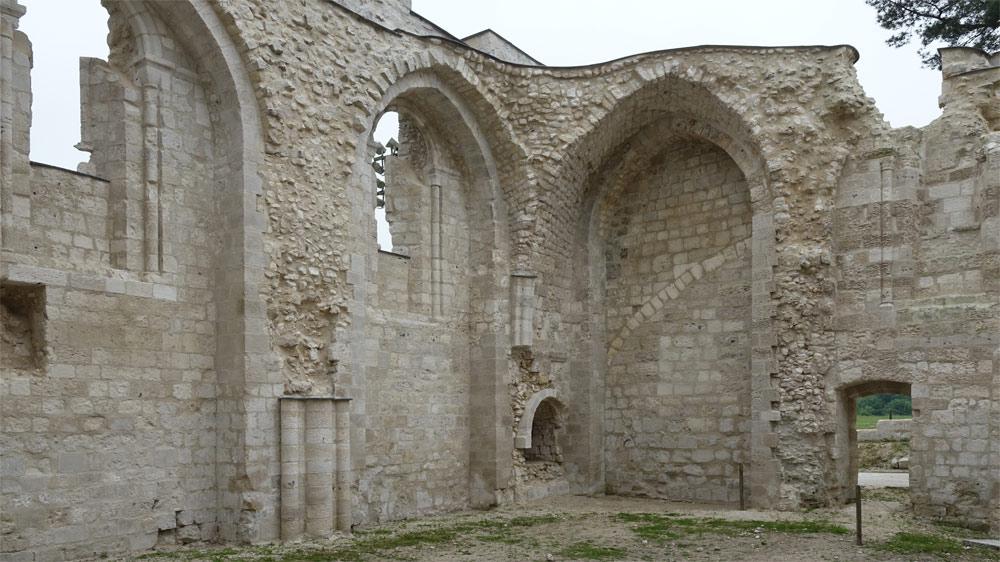 Les ruines de l'église Notre-Dame