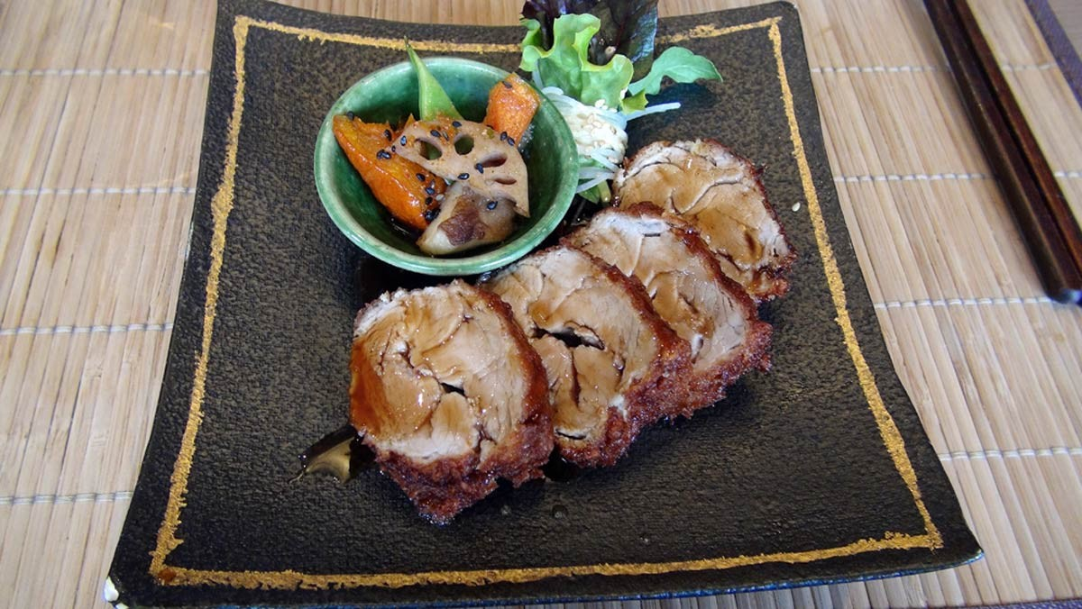 Hirekatsu (filet mignon pané, sauce karsu)