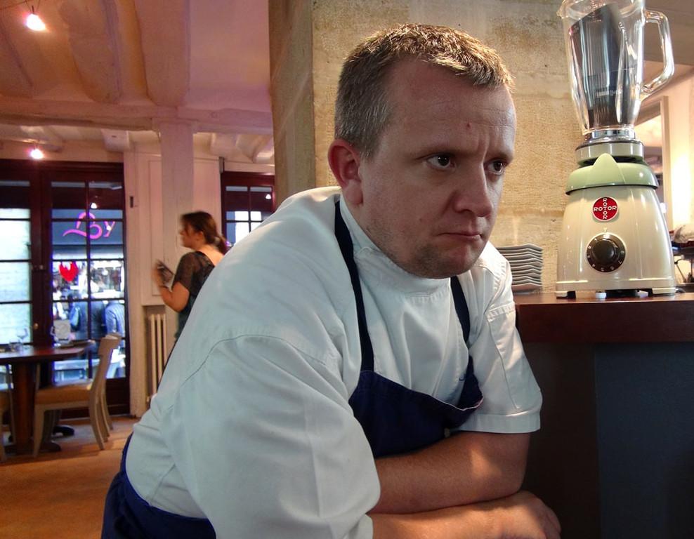 Julien, très attentif !