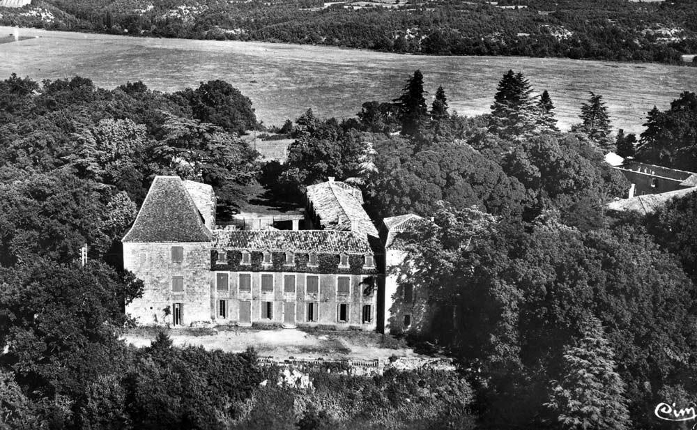 Le château du Bosc vu du ciel (façade arrière)