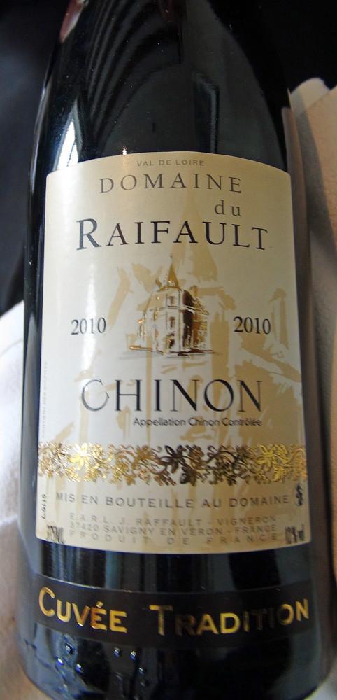 Chinon 2010 du Domaine du Raifault à 9 € 50 la demi-bouteille