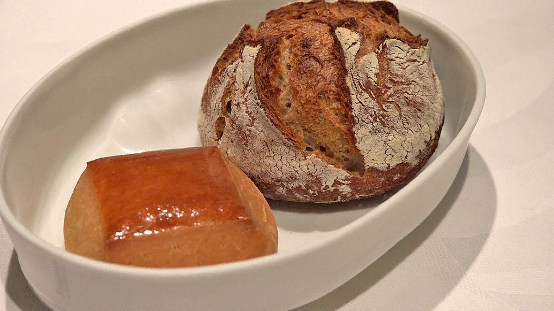 Pain brioché et pain de campagne