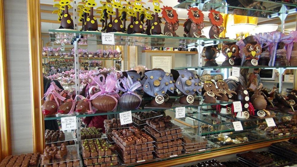 Chocolats de Pâques(Girafe, lion, poisson, Saint-Jacques, pieuvre, chouette ...)
