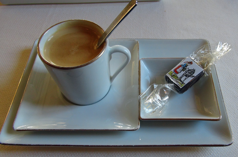 """Café et son carré de chocolat """"Image d'Epinal"""""""
