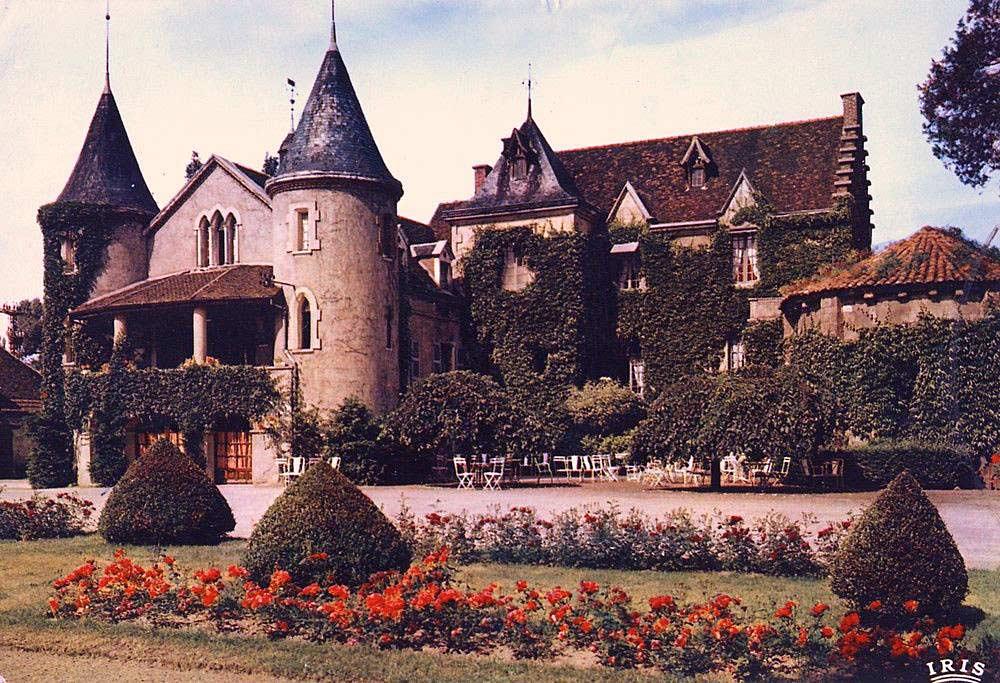 Le château avant sa rénovation - Copyright IRIS