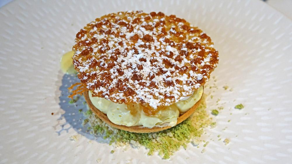 « Tartelette » citron / mousseline / gel de citron rôti / zestes & meringue sèche