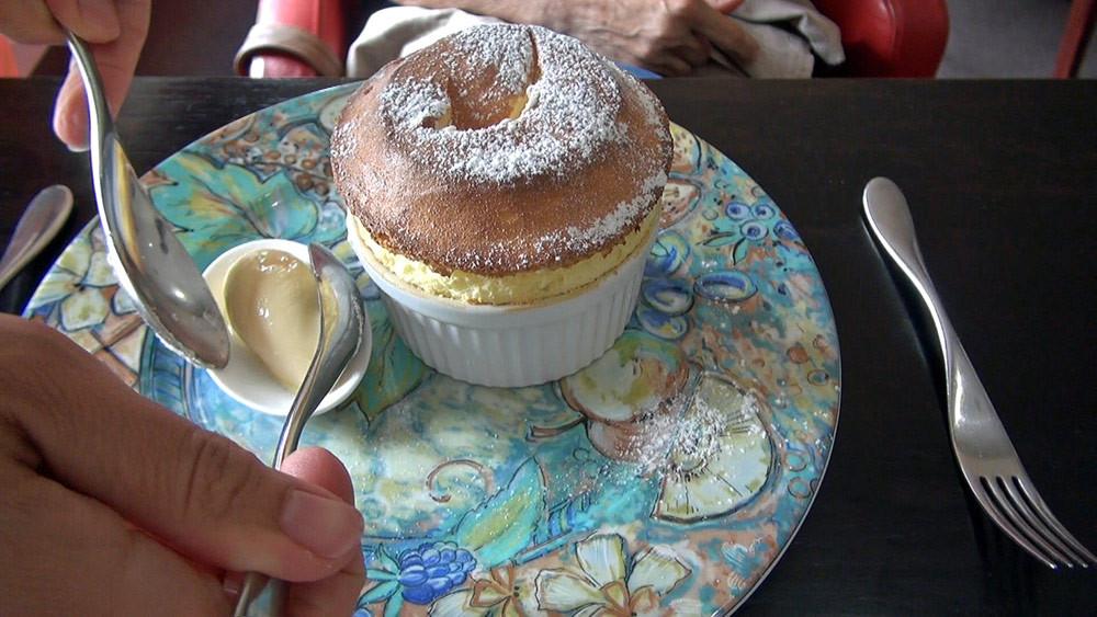 Le service du Soufflé citron, glace chocolat blanc : épisode 2