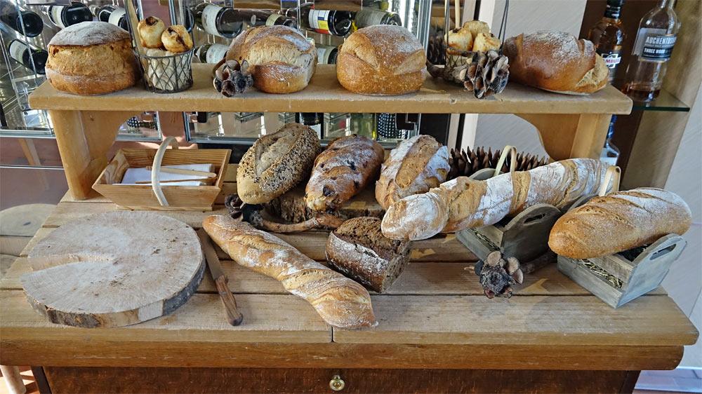 Le chariot aux 12 pains différents