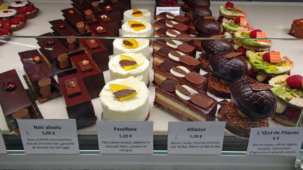 Feuilletine praliné - Noir absolu - Passiflore - Alliance - Œuf de Pâques - Dacquoise pistache/framboise
