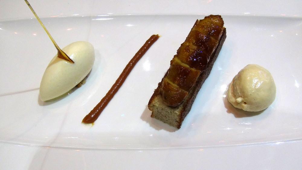 Fressinettes infusées aux épices, sponge cake comme un baba, glace citron vert