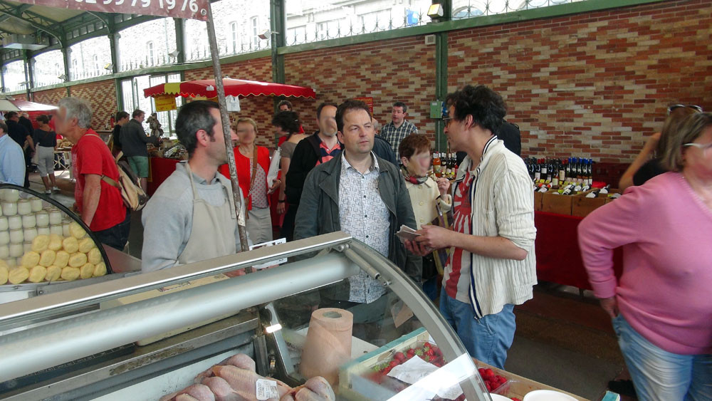 Olivier Renault en pleine discussion avec Sylvain Guillemot