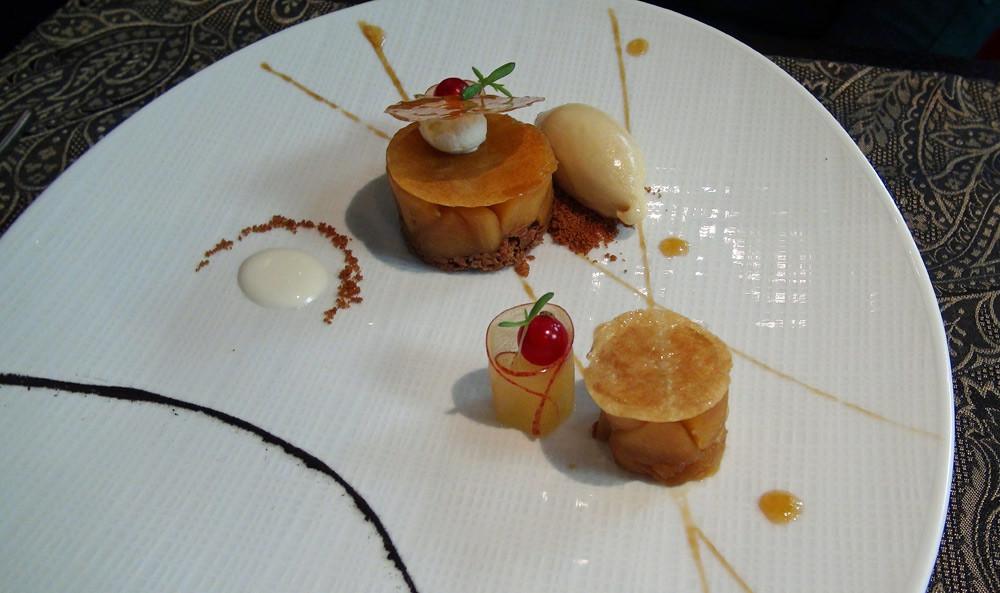Pommes juteuses sautées à la cassonnade garnies de pâte à filo ...