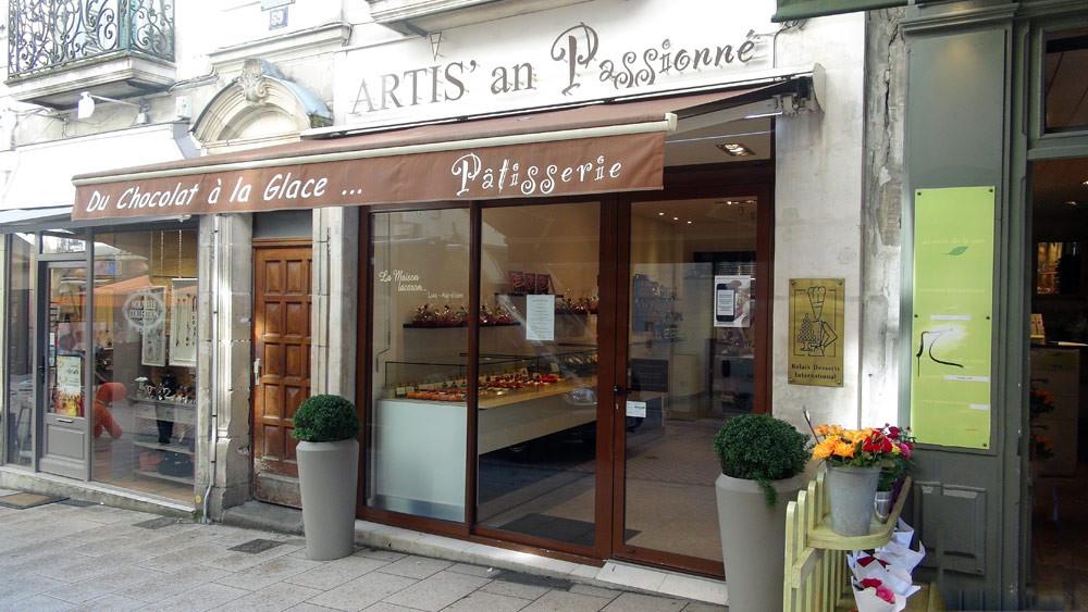 La façade d'Artis'an passionné