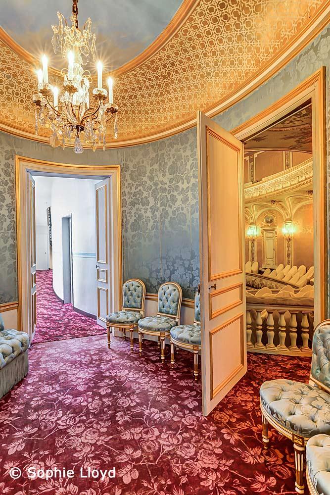 Salon attenant du Théâtre Impérial - Crédit photo : © Sophie Lloyd