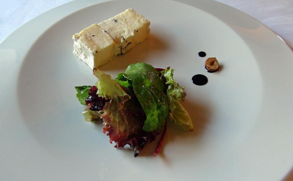 Brie de Meaux, mascarpone et noisettes