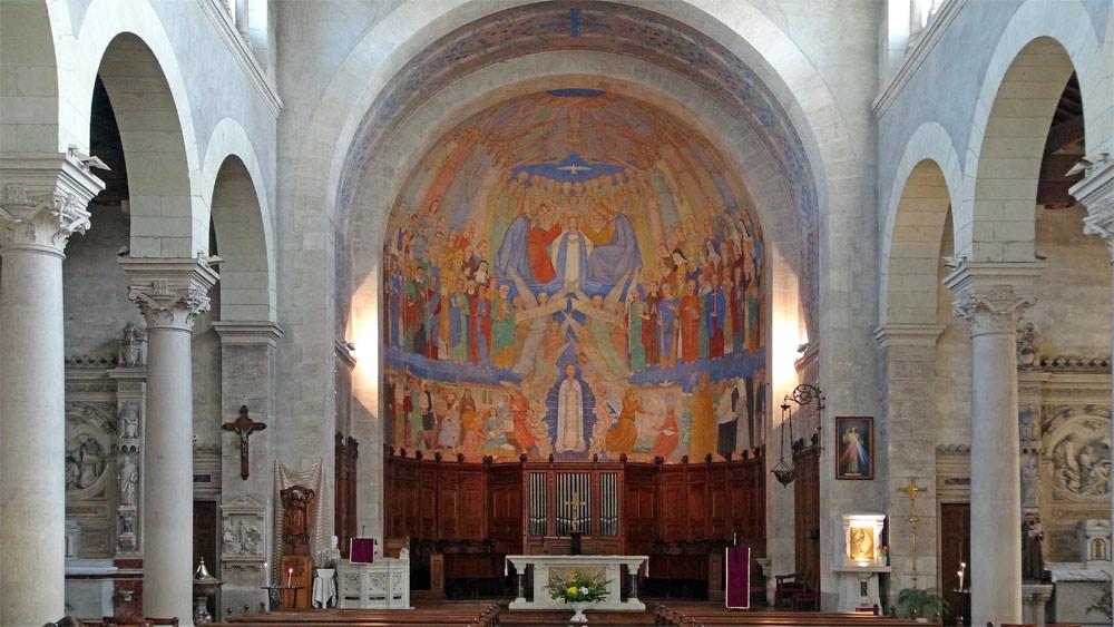 L'intérieur de l'église Notre-Dame