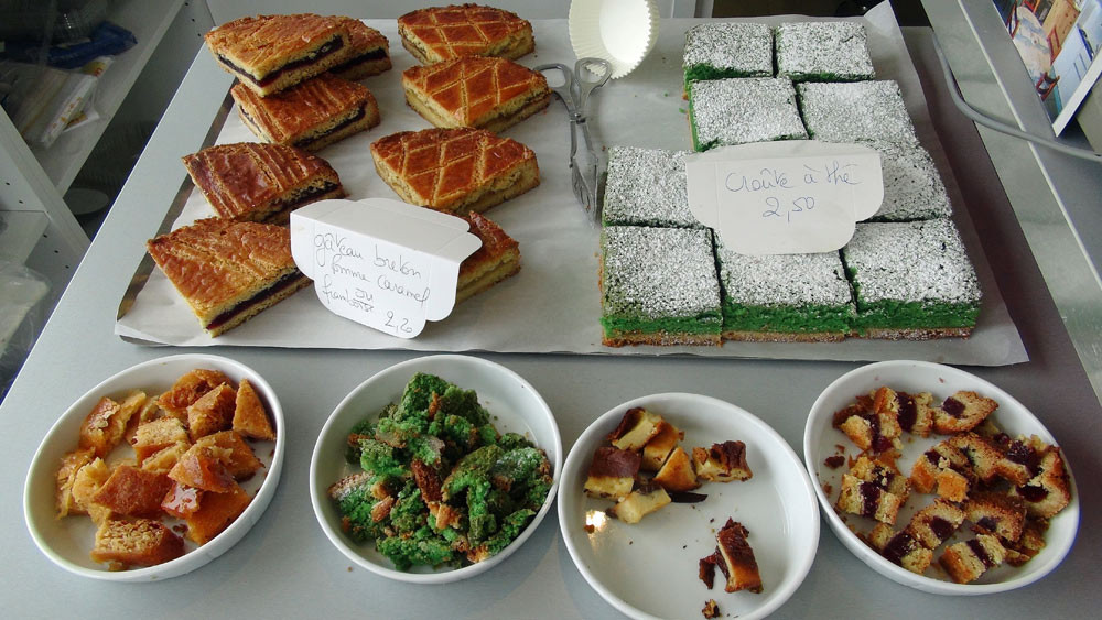 Gâteaux breton, Croûtes à thé et échantillons pour la dégustation