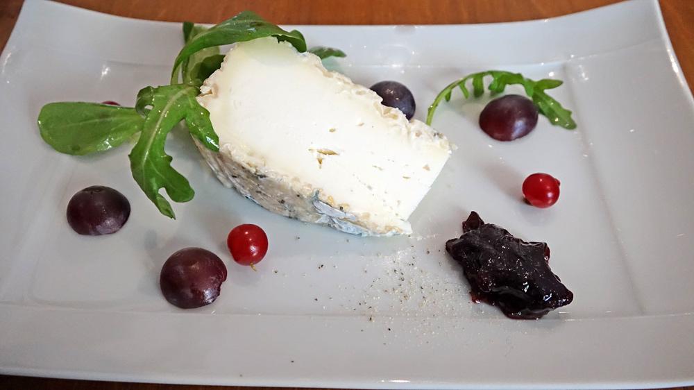 Le fromage du jour : Tome de chèvre du Poitou et fruits de saison