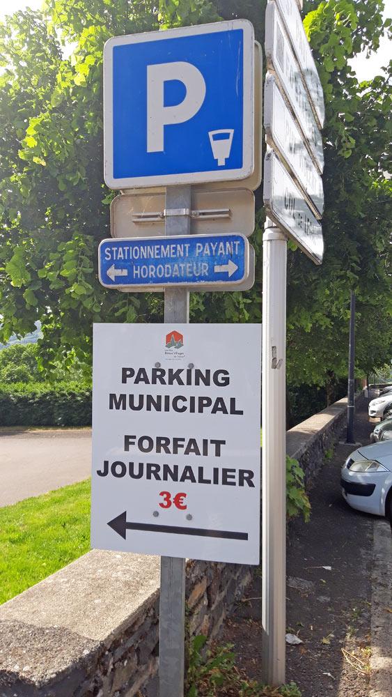 3 € 00 le stationnement, même pour 5 minutes. Qui dit mieux !