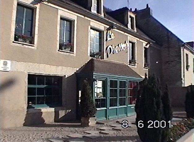 Façade en 2001