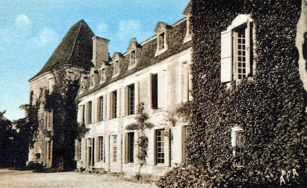 Carte postale du château Bosc colorisée (Carte ARA de Poux à Albi - 1954 ?)
