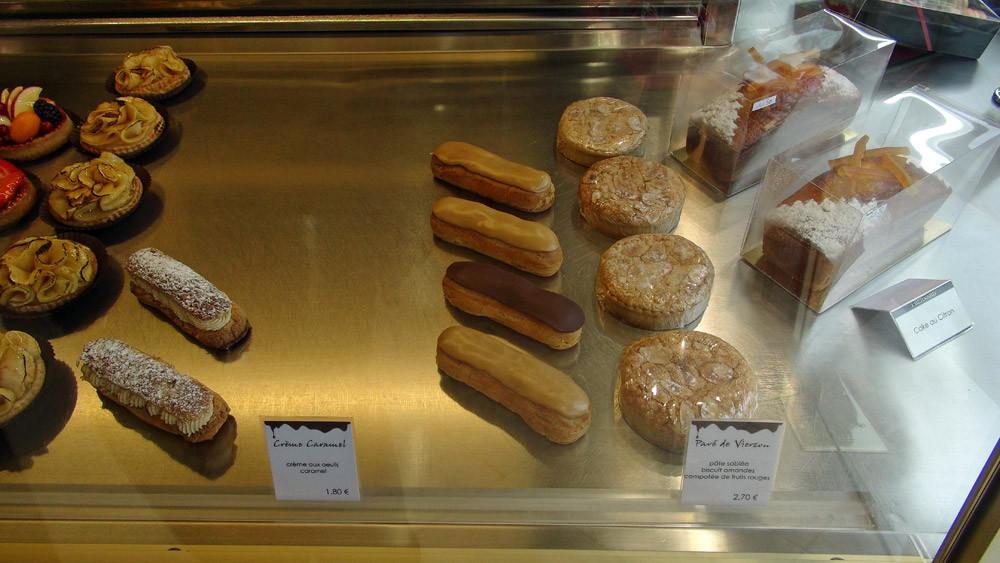 Tartes aux fruits - Tarte aux pommes - Paris-Brest - Eclairs au café et au chocolat - Pavé de Vierzon - Cake au citron