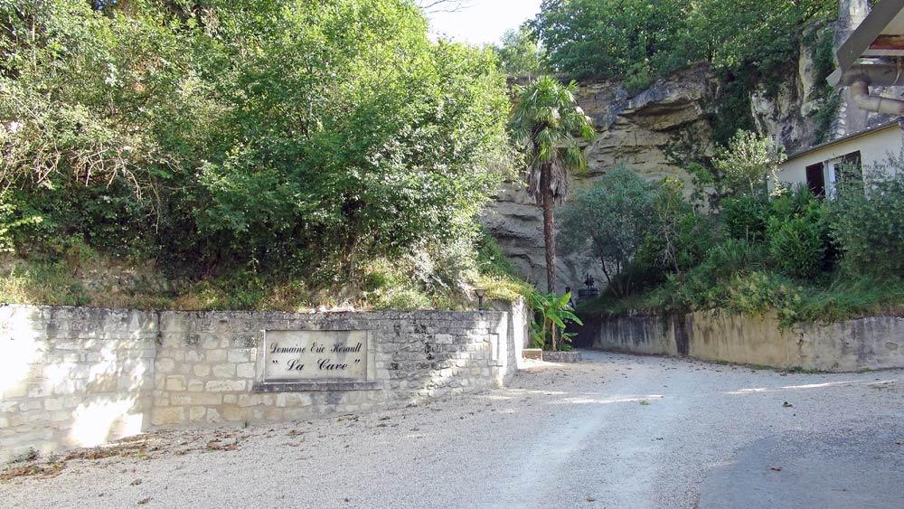 Vers la cave